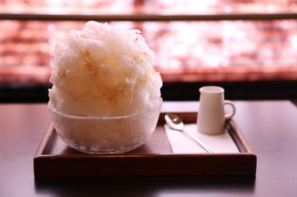 三日月氷菓店。生白桃